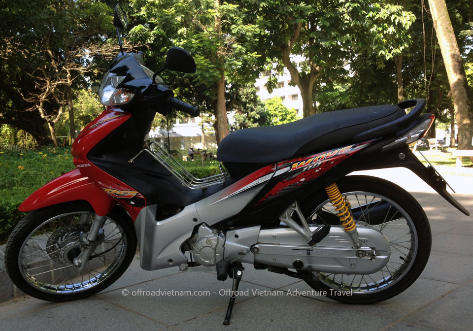 Hidden Vietnam Motorbike Tours - Motorcycles. Honda Wave RS/S semi
